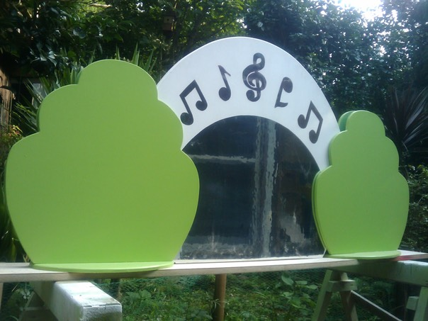 Children's Play Area Partition - Music theme